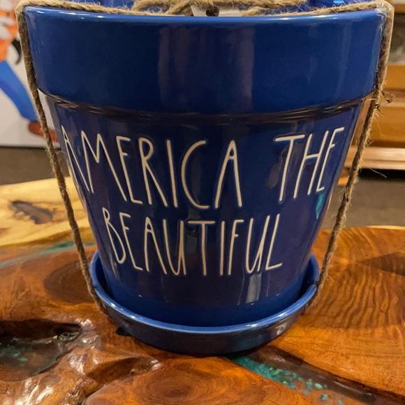 Rae Dunn America The Beautiful Planter